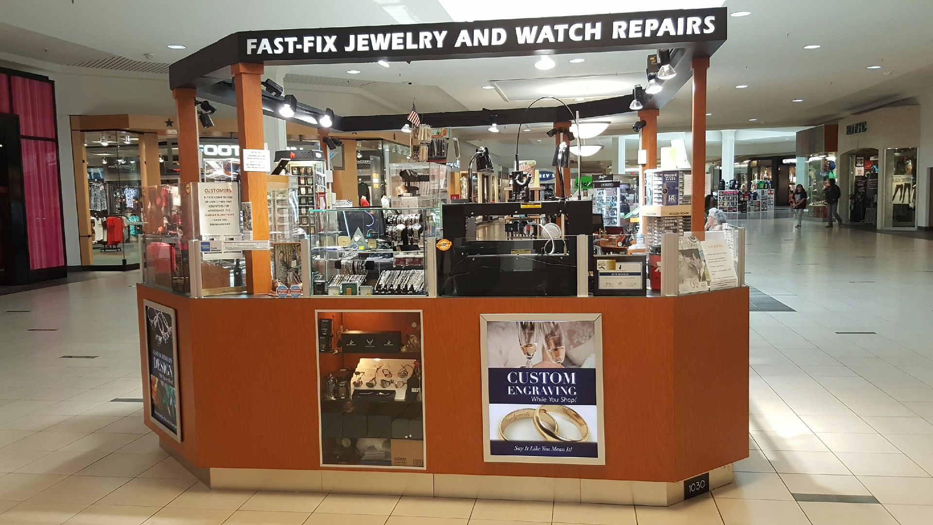 Fast Fix franchise kiosk in the Melbourne Square Mall