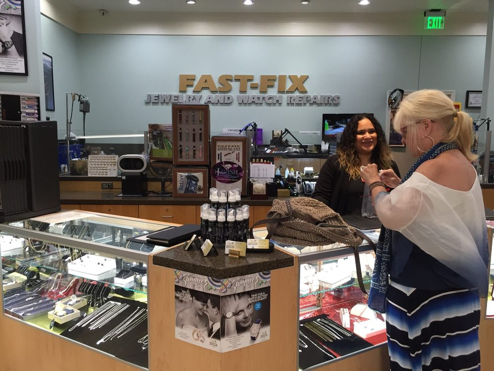 A jewelry counter in a Fast Fix store