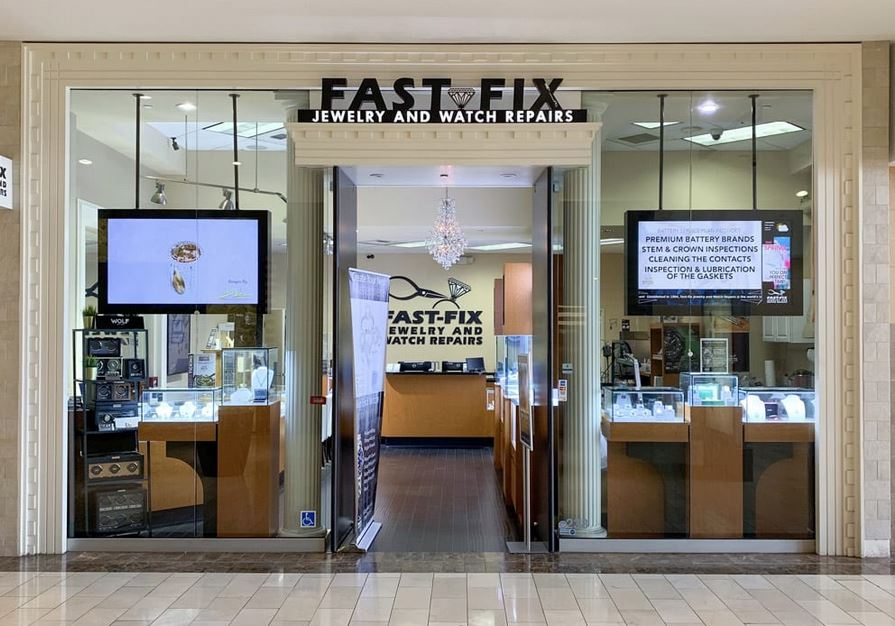Store front of a Fast-Fix Jewelry and Watch Repairs located in Westfield Galleria Roseville Mall.